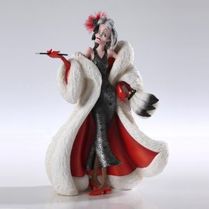 Walt Disney Showcase Cruella De Vil 4031541