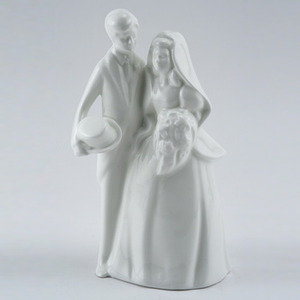 Royal Doulton Bride and Groom Cake Topper HN 3281