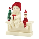 Snowbabies Elf On The Shelf Gives A Gift 4045226