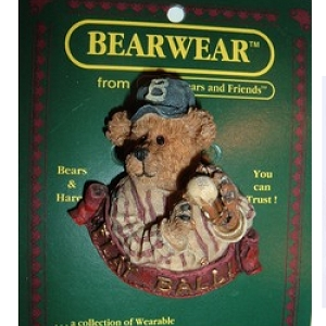 Boyds Bears Pin 26141 Greg McBruin The windup