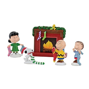 Department 56 Peanuts Stockings Were Hung Set of 5 4057051