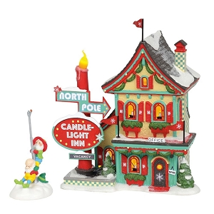 North Pole Village Welcoming Christmas Gift Set 6002292