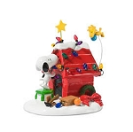 Department 56 Peanuts Snoopy Getting Ready for Christmas 808960