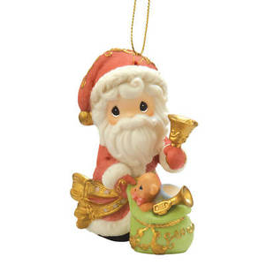 2010 Annual Santa Ornament 101068