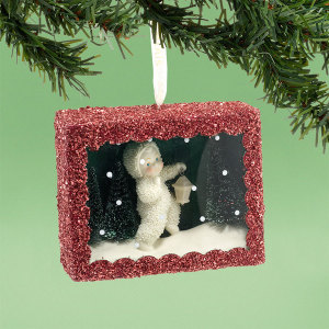 Star Lit Stroll Shadow Box Ornament 4031918