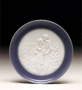 Lladro Christmas Melodies Plate 6184