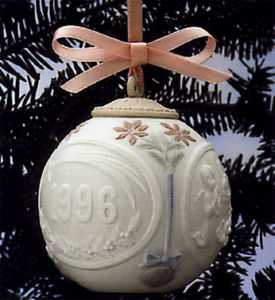 1996 Annual Christmas Ball Ornament 6298