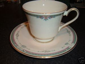 Royal Doulton Ashley Cup and Saucer Plate h5181