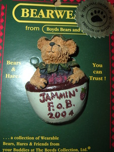 Boyds Bear Pin Beary 2004-11